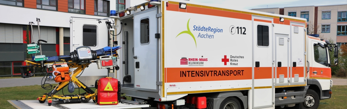 Intensivtransportwagen